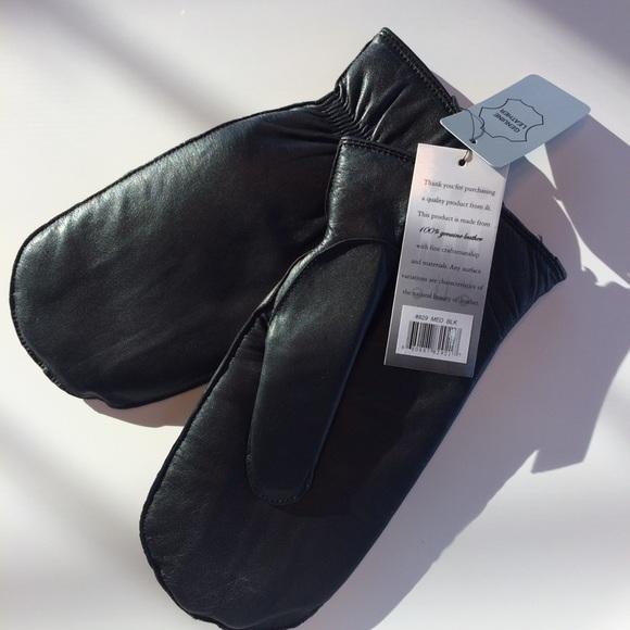 45cec1b4d ili Accessories | Black Leather Womens Mittens Medium | Poshmark